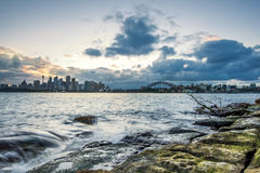 Paesaggio di Sydney dopo la bella nuvola della pioggia Fotografia Stock