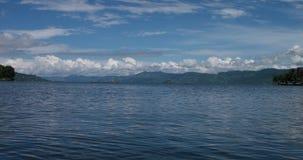 Paesaggio di Toba del lago stock footage