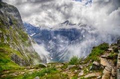Paesaggio di Trolltindene della parete di Troll dal punto di vista Fotografia Stock