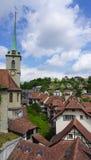 Paesaggio di vecchie città e chiesa storiche della città immagine stock libera da diritti