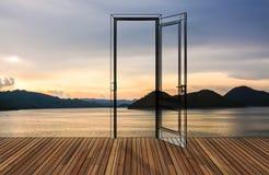 Paesaggio dietro la porta di apertura, 3D Fotografie Stock Libere da Diritti