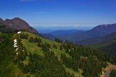 Paesaggio e cielo blu della montagna Fotografia Stock Libera da Diritti