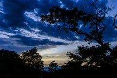 Paesaggio e cielo - Paisaje y Cielo fotografie stock libere da diritti