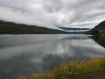 Paesaggio e montagne della Norvegia Fotografie Stock Libere da Diritti