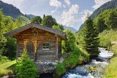Paesaggio europeo delle alpi della valle di Schwarzachtal in Zillertal & in x28; Au Immagini Stock