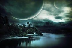 Paesaggio fantastico con un castello fotografia stock libera da diritti