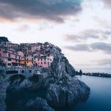 Paesaggio fantastico della città di Manarola Fotografie Stock
