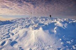 Paesaggio fantastico di inverno di sera Cielo nuvoloso drammatico Collage creativo Carpatico, Ucraina, Europa Fotografie Stock Libere da Diritti