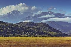 Paesaggio idilliaco del mounain di estate Immagini Stock Libere da Diritti