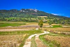 Paesaggio idilliaco della montagna di Kalnik, Croazia Immagini Stock Libere da Diritti
