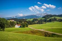 Paesaggio idilliaco nelle alpi, Appenzellerland, Svizzera Fotografie Stock