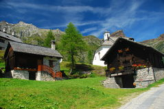 Paesaggio idillico alpino. Alpe Devero, Italia Fotografie Stock Libere da Diritti