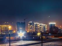 Paesaggio industriale della città di Kiev alla notte, all'aperto Fotografia Stock Libera da Diritti