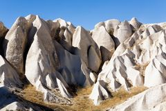 Paesaggio insolito della montagna del turco Cappadocia immagine stock libera da diritti