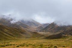 Paesaggio intorno al passaggio di Lindis, isola del sud del ` s della Nuova Zelanda Immagine Stock Libera da Diritti