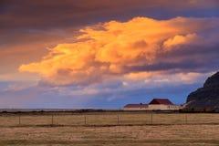Paesaggio islandese di tramonto fotografia stock