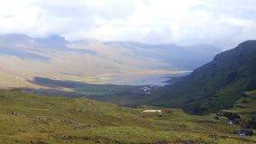 Paesaggio islandese stupefacente stock footage
