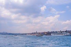 Paesaggio luminoso di Bosphorus Fotografie Stock Libere da Diritti
