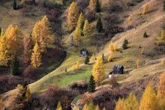 Paesaggio mistico nelle dolomia, Tirolo del sud, alpi, di autunno Fotografie Stock Libere da Diritti