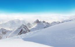 Paesaggio nevoso alpino di inverno Fotografia Stock Libera da Diritti