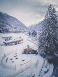 Paesaggio nevoso di Chamonix-Mont-Blanc con il pendio dello sci france Immagine Stock Libera da Diritti