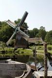 Paesaggio olandese del mulino a vento fotografia stock