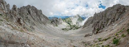 Paesaggio panoramico alpino austriaco, Hochstuhl, Karawanks, Austria Fotografie Stock Libere da Diritti