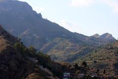 Paesaggio panoramico in Taormina, Sicilia Fotografie Stock Libere da Diritti