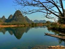 Paesaggio pittoresco intorno a Yangshuo nella provincia del Guangxi in Cina immagine stock libera da diritti