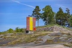 Paesaggio roccioso della spiaggia vicino a Kotka, Finlandia immagini stock