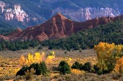 Paesaggio rosso della montagna Fotografie Stock
