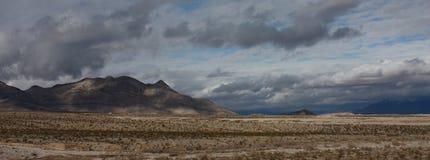 Paesaggio rosso della sosta di condizione della roccia Fotografie Stock
