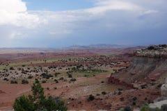 Paesaggio rosso della valle della montagna di San Rafael Swell nell'Utah Immagini Stock