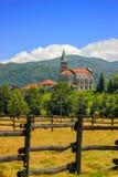 Paesaggio rurale con la chiesa in Maddalena Fotografia Stock Libera da Diritti