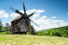 Paesaggio rurale del mulino di vento Fotografia Stock Libera da Diritti
