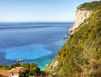 Paesaggio scenico della linea costiera, isola di Paxos Immagine Stock