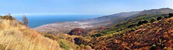 Paesaggio scenico della valle della montagna Fotografie Stock Libere da Diritti