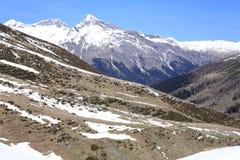 Paesaggio scenico nelle montagne delle alpi, Svizzera Fotografia Stock