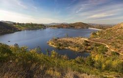Paesaggio scenico San Diego County North di Poway del lago immagine stock