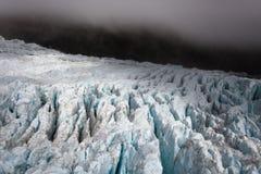 Paesaggio scuro del ghiacciaio - Nuova Zelanda Fotografia Stock