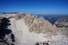 Paesaggio selvaggio nell'area di alta montagna Immagini Stock