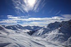 Paesaggio a Ski Resort in montagne di Arlberg fotografia stock