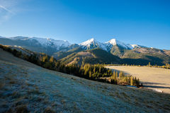 Paesaggio slovacco delle montagne di Belianske Tatry fotografia stock