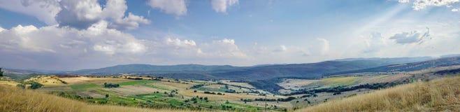 Paesaggio spettacolare della montagna vicino a Zheravna, Bulgaria, Europa Immagini Stock