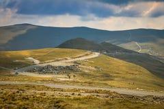 Paesaggio sterile sulla strada di Transalpina fotografie stock libere da diritti