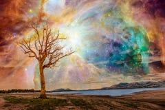 Paesaggio straniero del pianeta - arte di fantasia fotografia stock libera da diritti