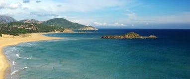 Paesaggio stupefacente alla spiaggia di Chia Fotografie Stock Libere da Diritti