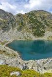 Paesaggio stupefacente dei laghi Musalenski, montagna di Rila Fotografie Stock