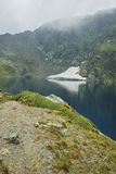 Paesaggio stupefacente del lago eye, i sette laghi Rila Immagine Stock