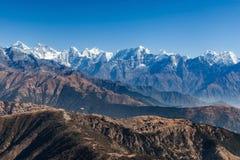 Paesaggio stupefacente della montagna con marrone scuro roccioso Fotografia Stock Libera da Diritti